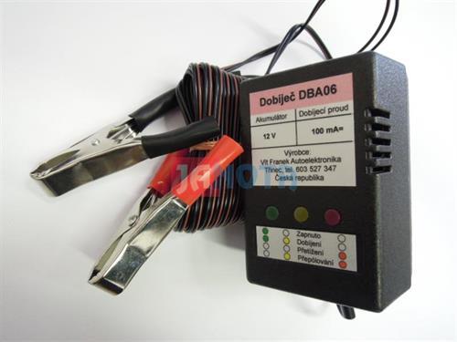 Dobíječ akumulátorů autobaterií 12V 80Ah - 200Ah