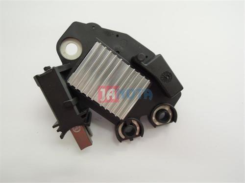 Regulátor alterátoru FG18S011, FG18S019, FG18S052, FG18S060, 2608669D, 14V, BMW
