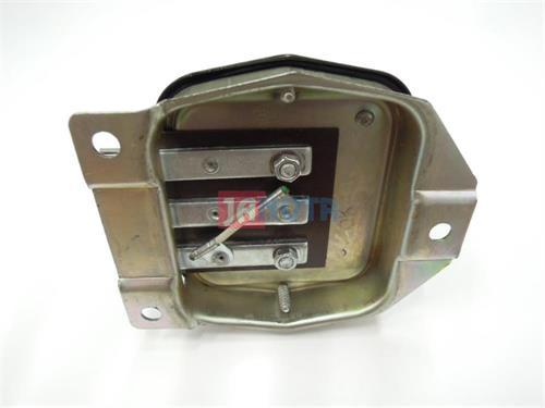 Relé dynama, plusová + regulace, 6V / 12A, traktor FORD